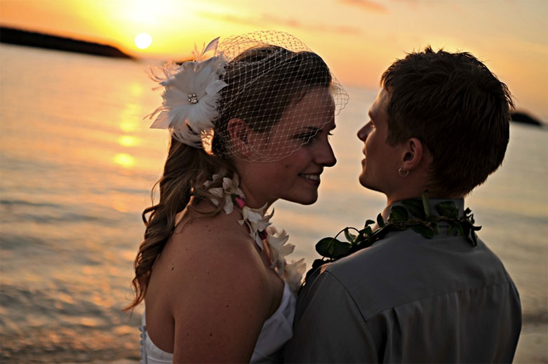 Waikiki Sunset Wedding Couple